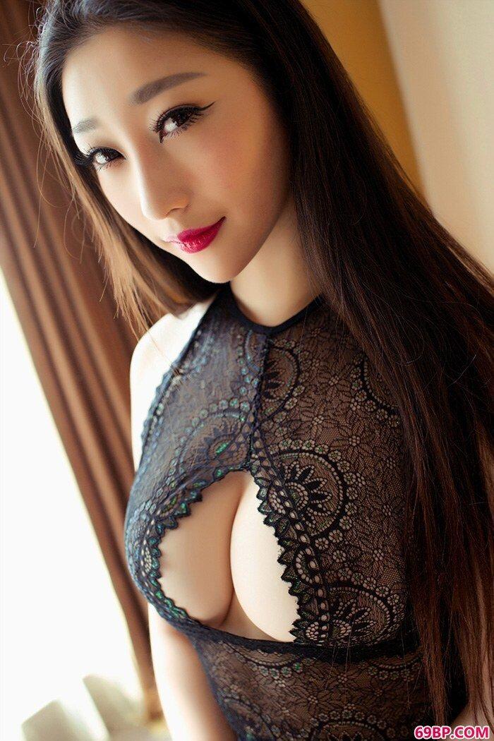 巨乳美美妇妲己蕾丝开胸凹凸有致_337P欧美人术