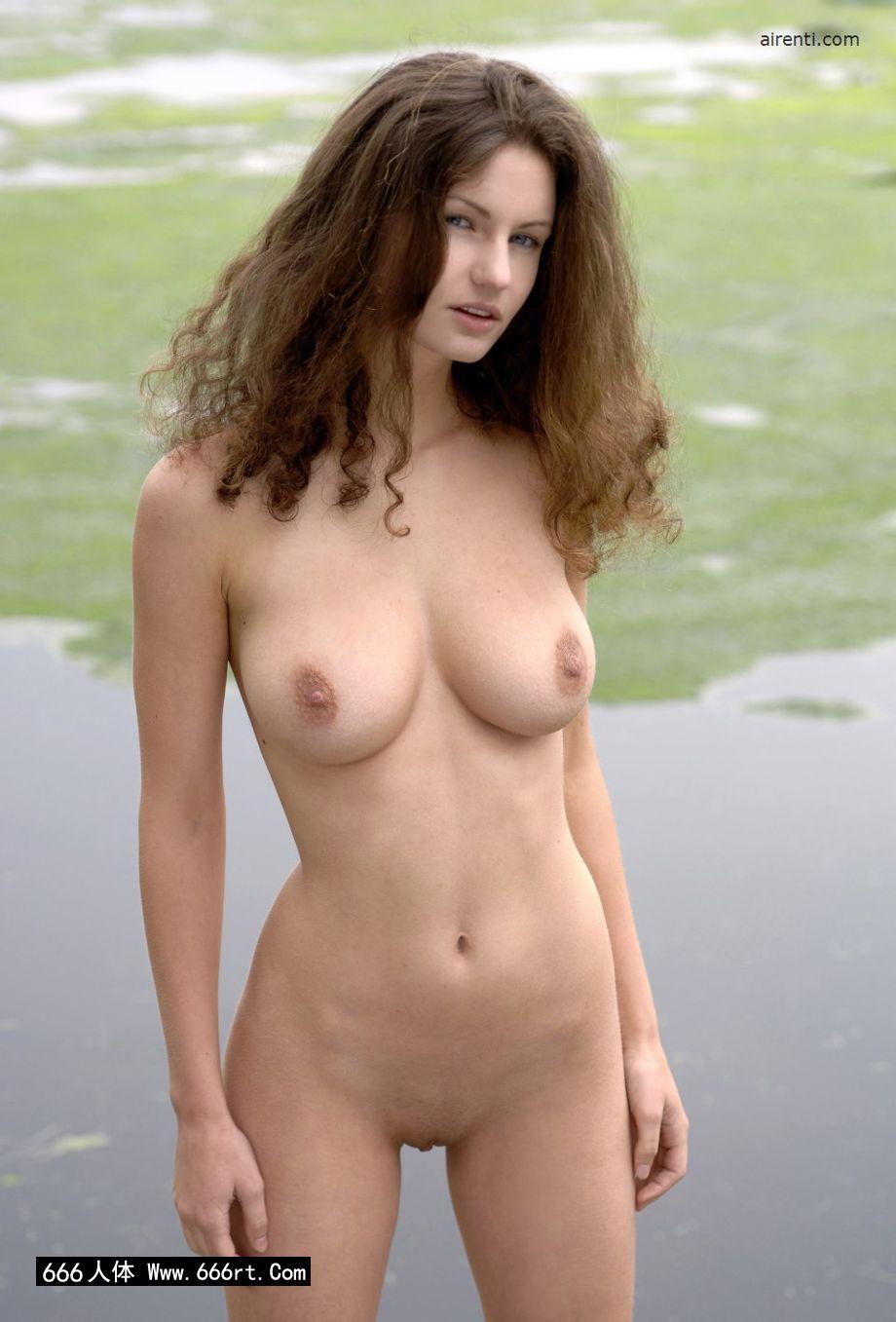 外拍湖边身材超好的美模Janice_黑丝ol