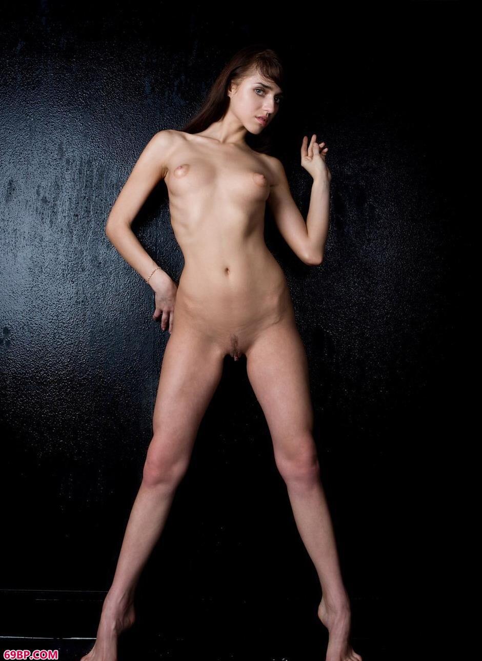 嫩模KATHY室拍美丽人体2_gogo西西裸体艺术